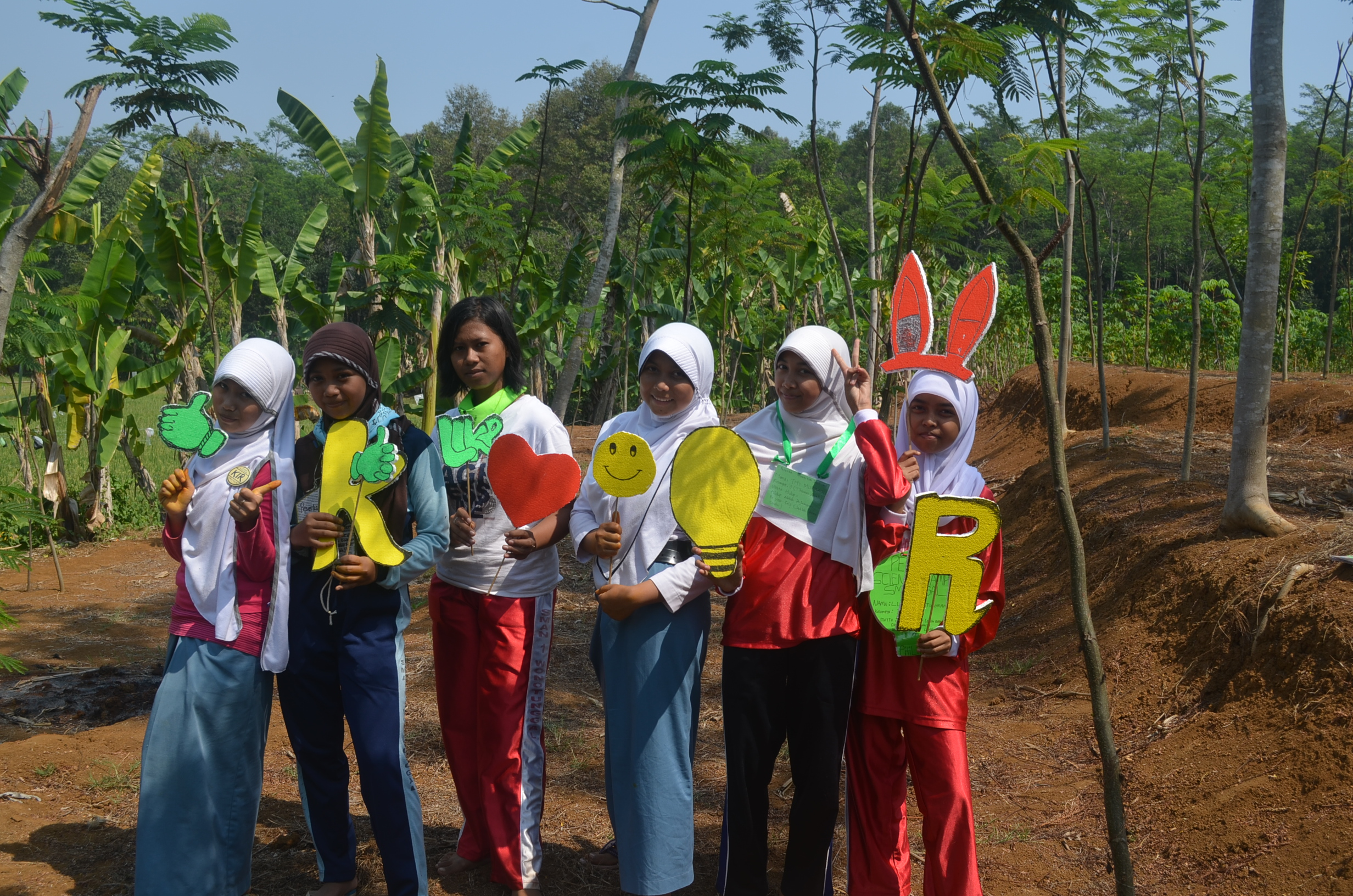 Science Camp Kelompok Ilmiah Remaja 2014